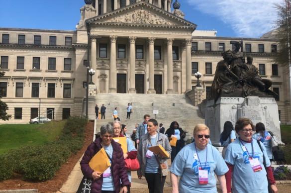 volunteer advocates