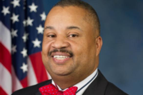 Donald M. Payne smiling