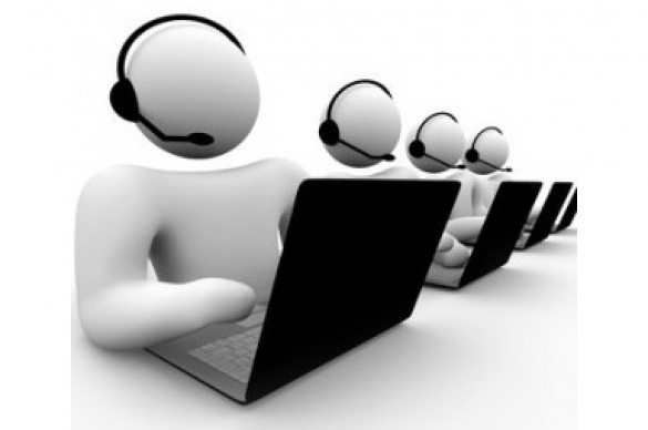 Graphic depicting call center employees working at their computer