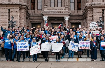 Texas Volunteers at the Capitol Building